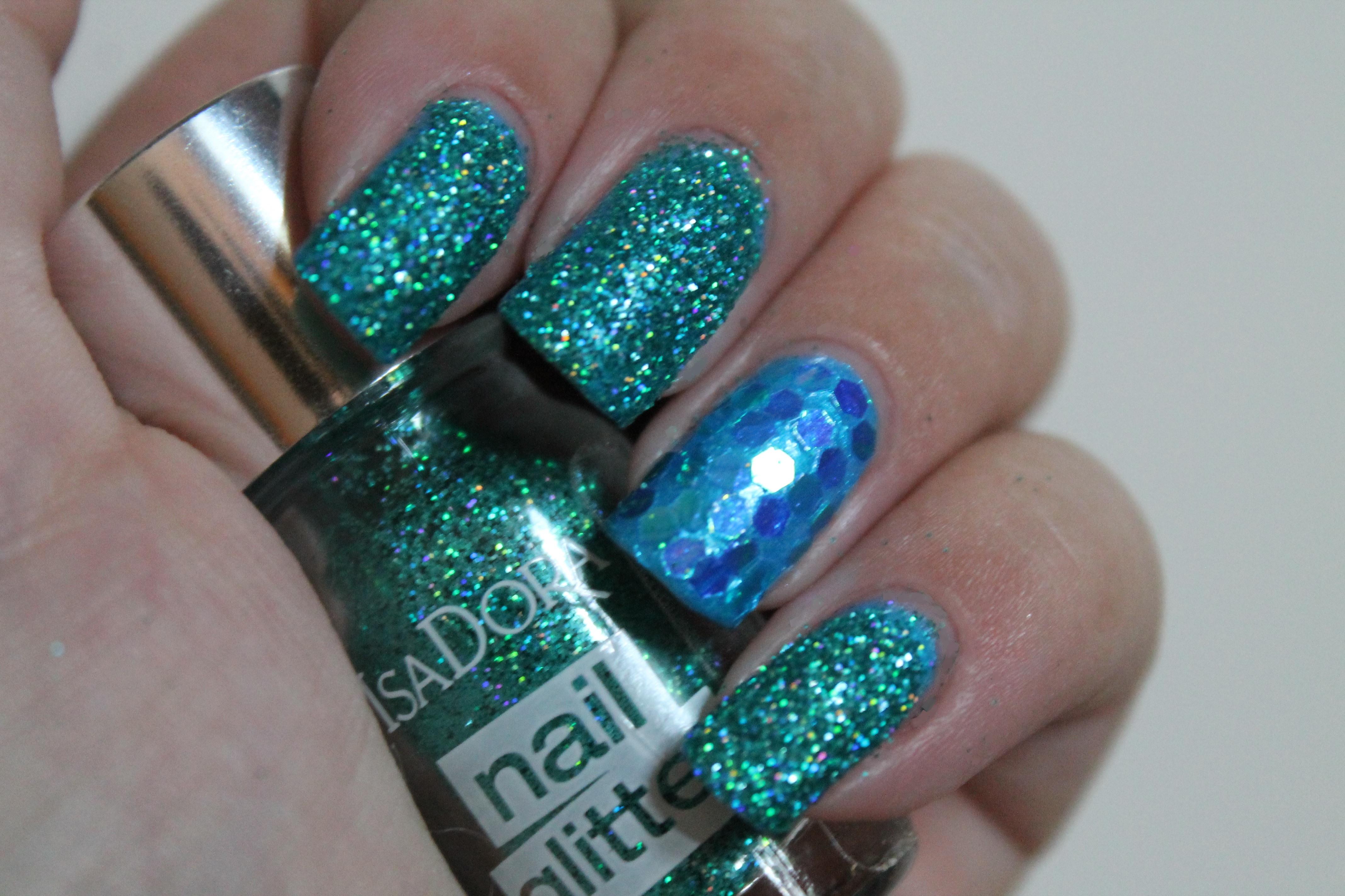 IsaDora loose glitter – Peacock. Nail art | It\'s So Damn Original ...